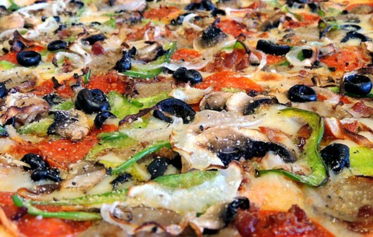 Pizza palce lizać. Sprawdź gdzie można ją zamówić