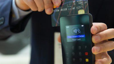 Przydatne: Sprawdzamy gdzie można zamówić jedzenie przez telefon i zapłacić za nie kartą na progu własnego domu