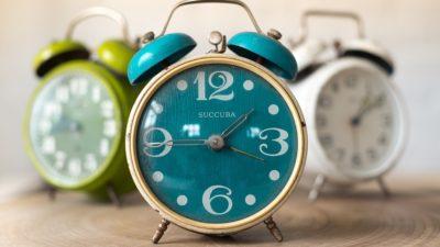 Zmiana czasu na zimowy. Kiedy przestawiamy zegarki? Po raz ostatni?