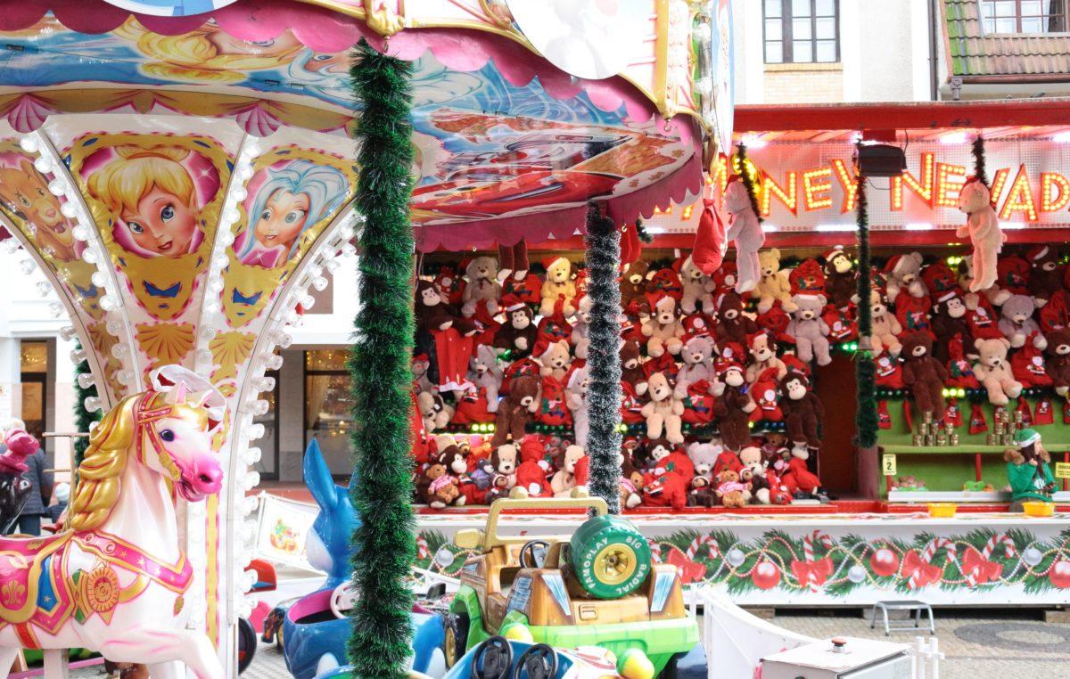 Świąteczne karuzele będą i w tym roku na placu Ratuszowym. Będzie też wystawiona skrzynka na listy do św. Mikołaja