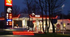 Niższe ceny paliw na stacjach Orlenu w pasie nadmorskim? Mamy odpowiedź wicepremiera Sasina