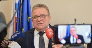 Pensja prezydenta Kołobrzegu zmniejszy się o 20 procent? Radni zajmą się projektem uchwały w tej sprawie 28 czerwca