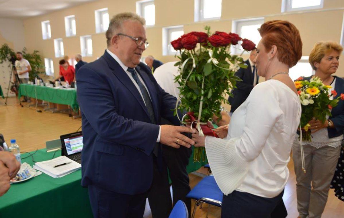 Prezydent Kołobrzegu z absolutorium. 14 do 6 dla Janusza Gromka
