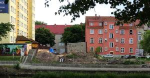 Spór: Mieszkańcy domów przy ul. Zygmuntowskiej spotkali się z inwestorem, który chce wybudować w ich sąsiedztwie apartamentowiec