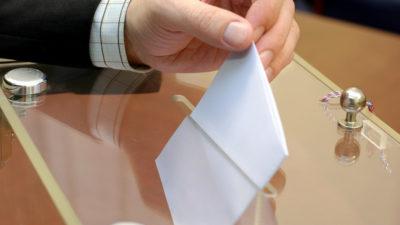Wybory: Frekwencja na godzinę 12
