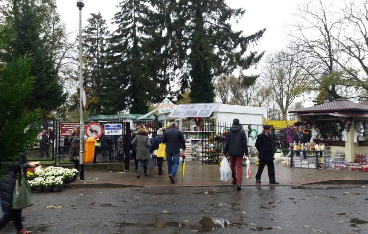 Można już składać wnioski o miejsca pod handel kwiatami i zniczami przy cmentarzu komunalnym