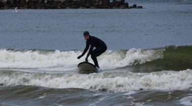 Pierwsze Otwarte Mistrzostwa Pomorza Zachodniego w Surfingu (zdjęcia)