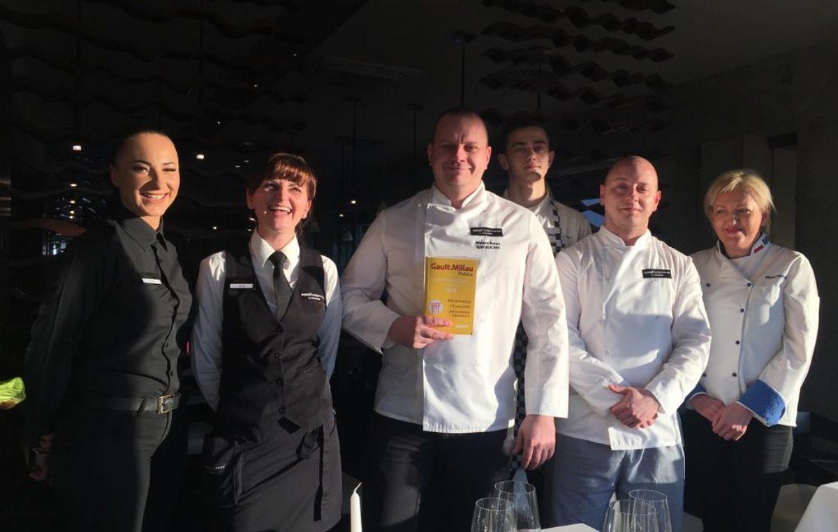 Gratulacje. Kołobrzeskie restauracje Sand{acz} i Arté polecane w prestiżowym przewodniku kulinarnym