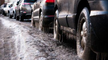 Biuro meteorologiczne ostrzega przed oblodzonymi drogami