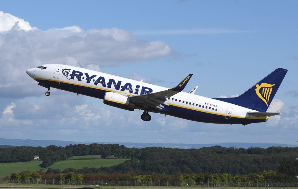 Ranking. Loty Ryanaira z Goleniowa do Wielkiej Brytanii wśród najczęściej odwoływanych lub opóźnionych