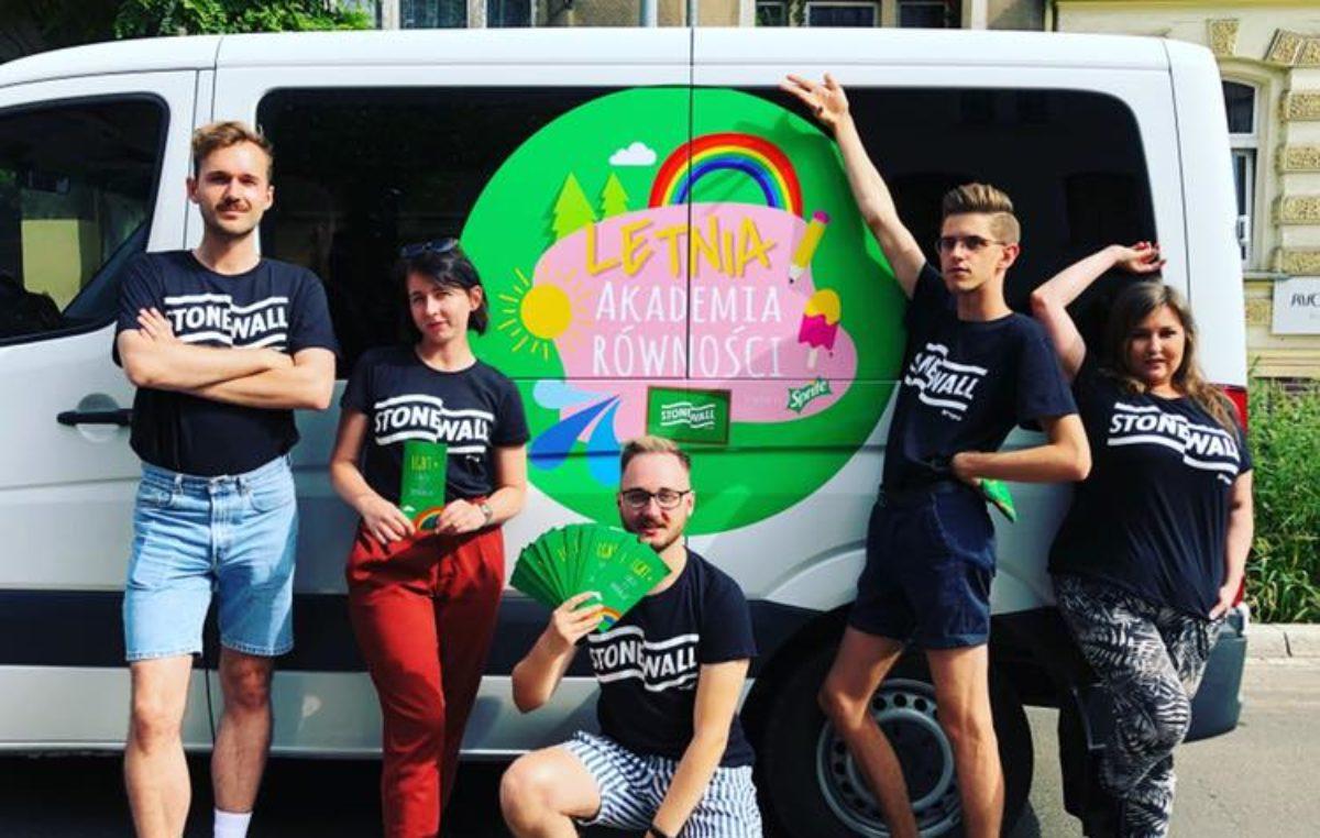Jutro Letnia Akademia Równości. Grupa Stonewall będzie promować wiedzę na temat społeczności LGBT+