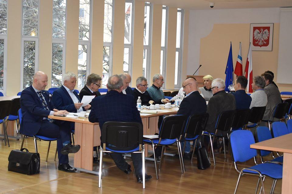 rada - Prezydent powołała Radę Gospodarczą