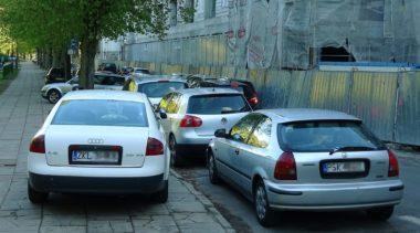 Te liczby mówią same za siebie. Sprawdzamy ile pojazdów rejestruje się rocznie w Kołobrzegu i ile ich w sumie jest w naszym powiecie