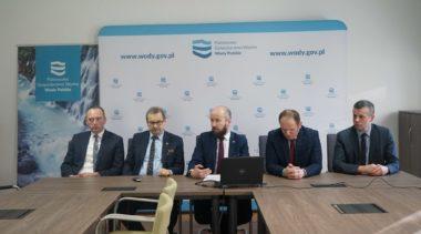Dyrektor Wód Polskich o stawkach opłat za wodę i ścieki. Mocne słowa burmistrza Gościna