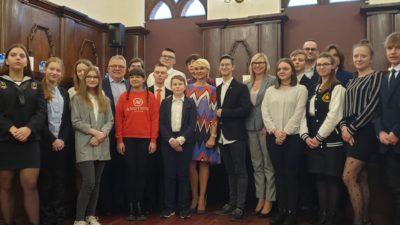 Obradowała Młodzieżowa Rada Miasta. Młodzi radni wybrali swoje prezydium