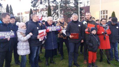 """Lewica """"półoficjalnie"""" rozpoczęła kampanię wyborczą w Kołobrzegu i zapowiada wizytę Roberta Biedronia w uzdrowisku"""