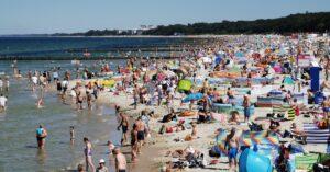 Plaża centralna dziś ok. godziny 14 (ZDJĘCIA)