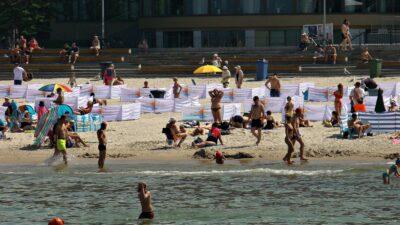 Błękitne Flagi przyznane. Te kąpieliska i mariny cechuje najwyższa jakość i bezpieczeństwo