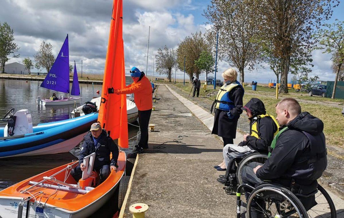 """Powstała żeglarska sekcja """"Hansa 303"""". To sportowa oferta dla osób z niepełnosprawnością"""