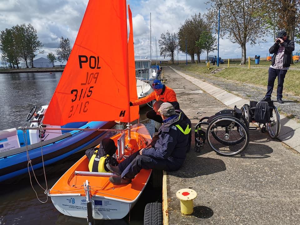 """sport3 - Powstała żeglarska sekcja """"Hansa 303"""". To sportowa oferta dla osób z niepełnosprawnością"""
