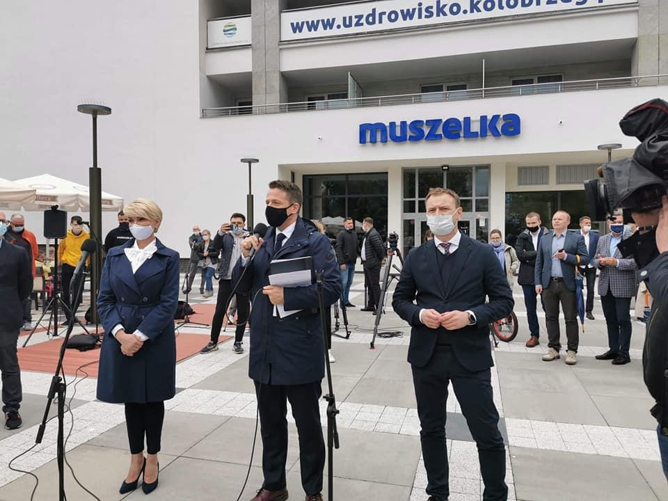 trzaskow3 - Rafał Trzaskowski odwiedził dziś Kołobrzeg. O sytuacji w kraju: Dominuje chaos, nie ma jasnego planu