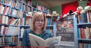 Trwa maraton czytania bajek z okazji Dnia Dziecka. Samorządowcy, radni, dziennikarze czytają nieprzerwanie od godz. 9 (wideo)