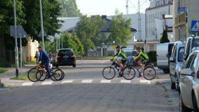 Pięć firm starało się o miejskie zlecenie przebudowy ul. Rybackiej. Wybrana oferta jest sporo niższa od kwoty, jaką miasto było gotowe wyłożyć