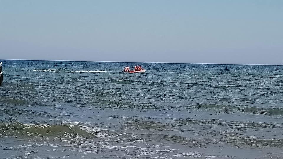 straż2 1 - Służby ratunkowe postawione na nogi. Na morzu miał zaginąć człowiek