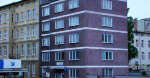 Radni zdecydowali: przychodnia przy Waryńskiego trafi na 25 lat do Feniksa