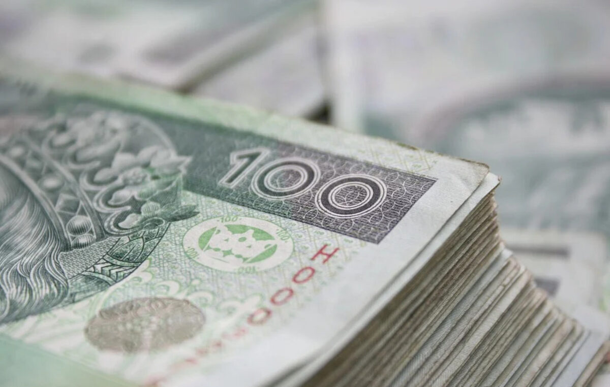 Powiatowy Urząd Pracy do końca sierpnia wypłacił firmom ponad 38 mln zł w ramach Tarczy Antykryzysowej