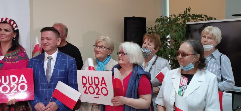pis kolobrzeg 2 1024x473 - Briefing prasowy Minister Rodziny, Pracy i Polityki Społecznej, Marleny Maląg w Kołobrzegu (WIDEO)