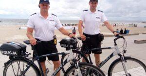 Policyjne patrole rowerowe w pasie nadmorskim
