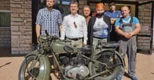 Motocykl Sokół z muzealnej wystawy pojechał do Szczecina odzyskać sprawność