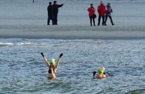 25 października, plaża przy molo, otwarcie sezonu morsowania, godz. 12, wstęp wolny
