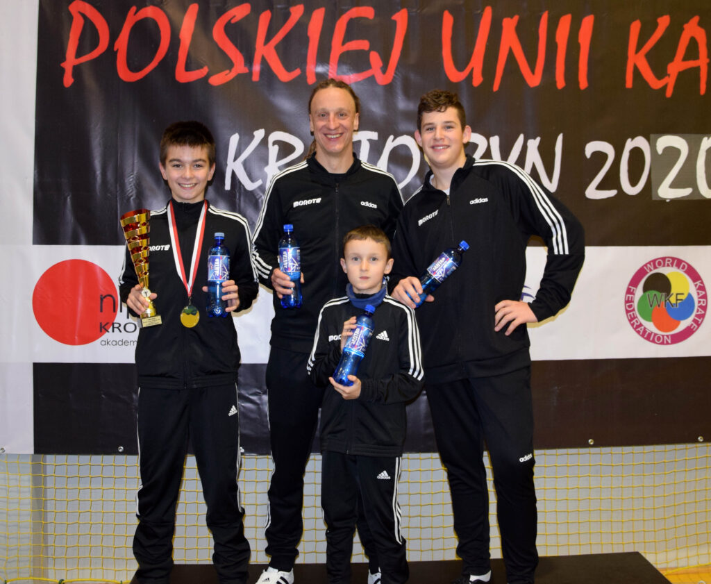31 1024x841 - Wiktor Wojarski, zawodnik klubu Morote, zdobył Puchar Polski. Brawo!