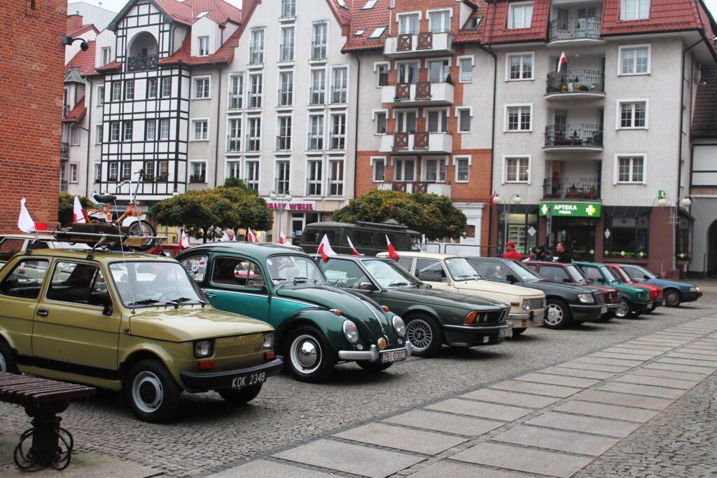 moto1 1024x682 - Święto Niepodległości. Te zabytkowe auta były świadkami niejednej historii...