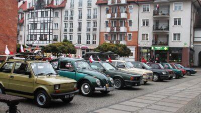 Święto Niepodległości. Te zabytkowe auta były świadkami niejednej historii…