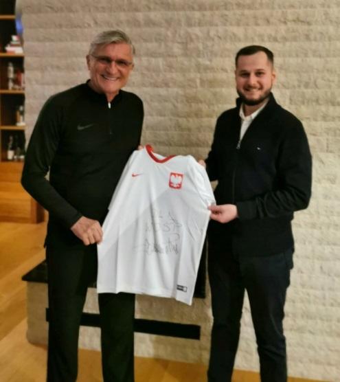 fot1 - Dziś wystartowały kołobrzeskie licytacje dla WOŚP. Można wylicytować m.in. koszulki z autografami znanych sportowców