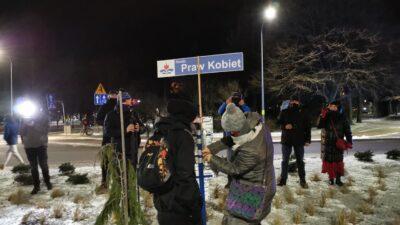 Rondo Praw Kobiet – akcja Strajku Kobiet Kołobrzeg (WIDEO)
