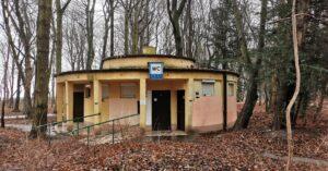 Toalety publiczne nadal będą darmowe. Miasto będzie płacić za obsługę 16 szaletów