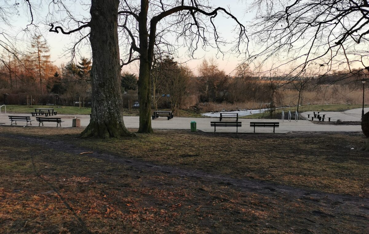 W przyszłym tygodniu koniec przebudowy alejek w parku Dąbrowskiego (ZDJĘCIA)