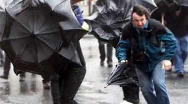 POGODA: Ostrzeżenie przed silnym wiatrem