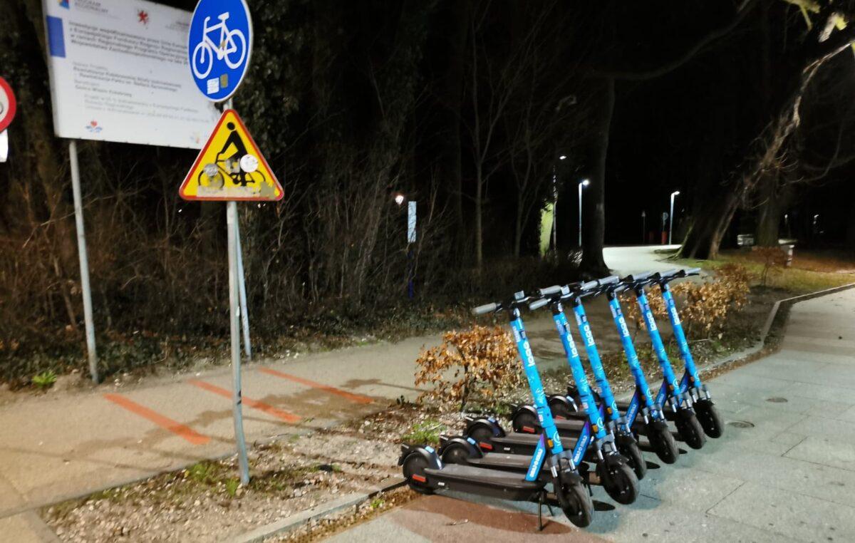 Hulajnogi Logo Sharing w Kołobrzegu. Przeczytaj dwa razy, zanim zaakceptujesz regulamin