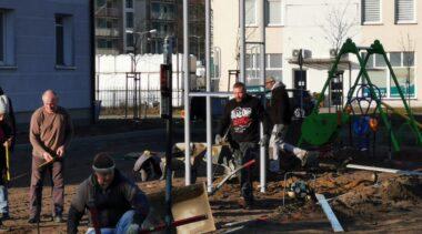 Powstaje nowy plac zabaw przy ul. Jedności Narodowej (ZDJĘCIA)