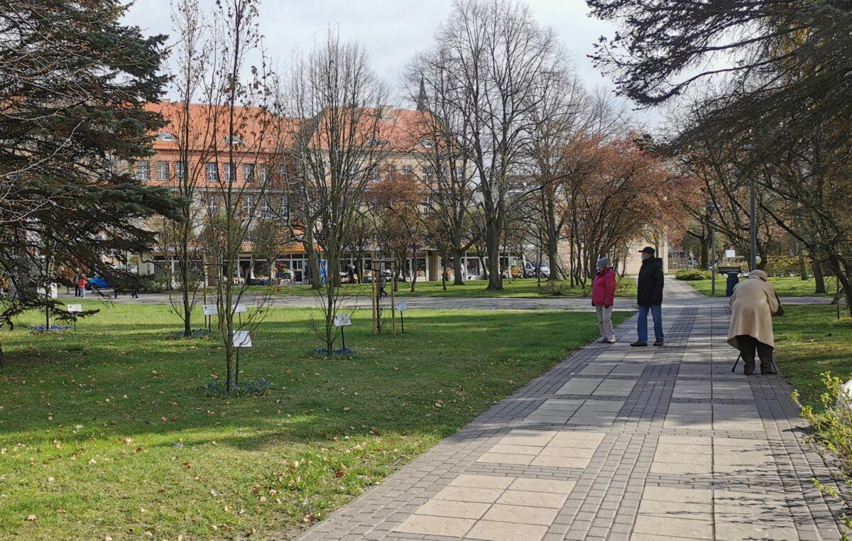 Pomnik upamiętniający ofiary Zbrodni Katyńskiej stanie na skwerze w centrum miasta? 7 maja ruszają konsultacje
