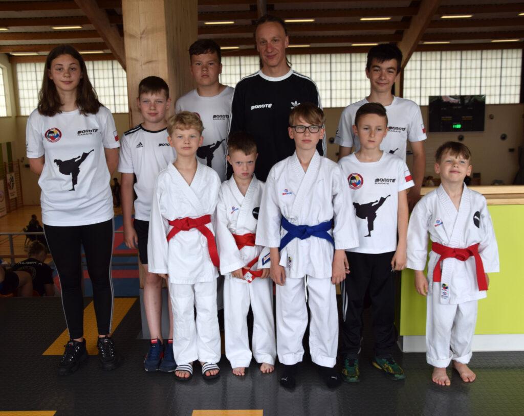 1 1024x814 - 8 medali (w tym 4 złote) zawodników klubu Morote na Grand Prix Mazovia Karate WKF