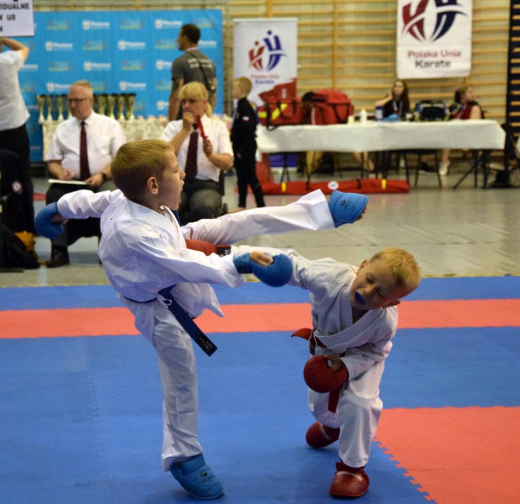 DSC 0217 1024x991 - Świetny występ młodych karateków z Morote Głowaczewo. Niespodziankę sprawili najmłodsi zawodnicy