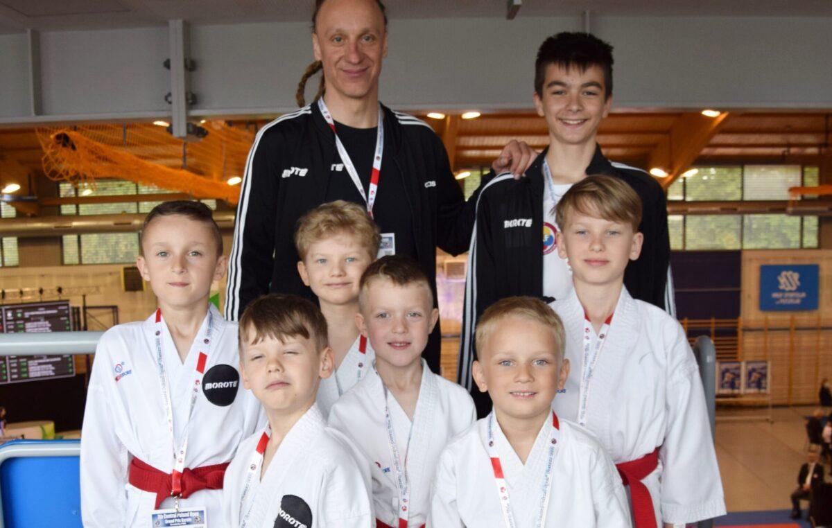 Świetny występ młodych karateków z Morote Głowaczewo. Niespodziankę sprawili najmłodsi zawodnicy