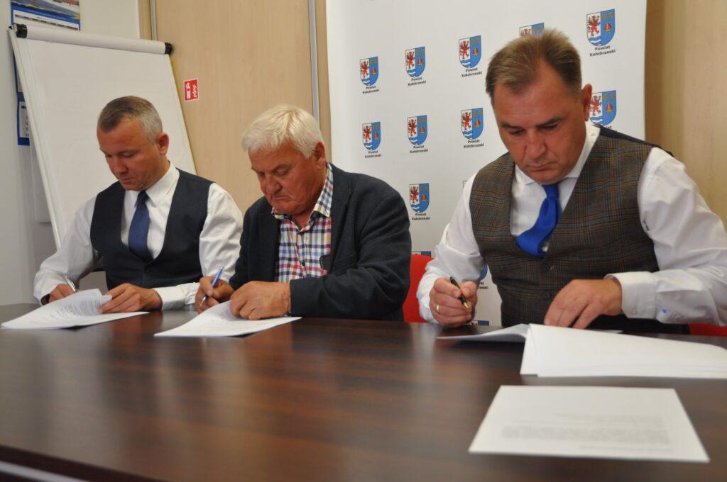 umowa 1024x680 - Rusza przebudowa ul. Wschodniej. Wartość umowy to blisko 3 mln zł
