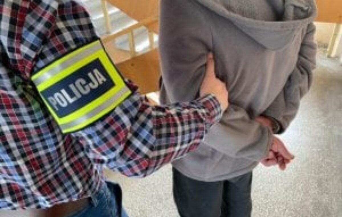 W weekend kołobrzeska policja zatrzymała trzech poszukiwanych mężczyzn